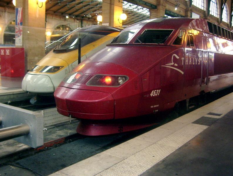 794px-Eurostar%2C_thalys_at_gare_du_nord