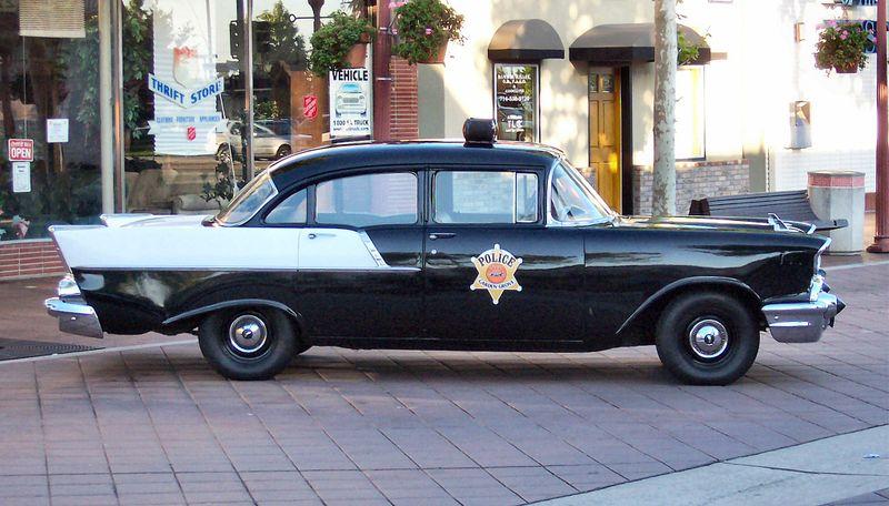 Chevrolet_police_car